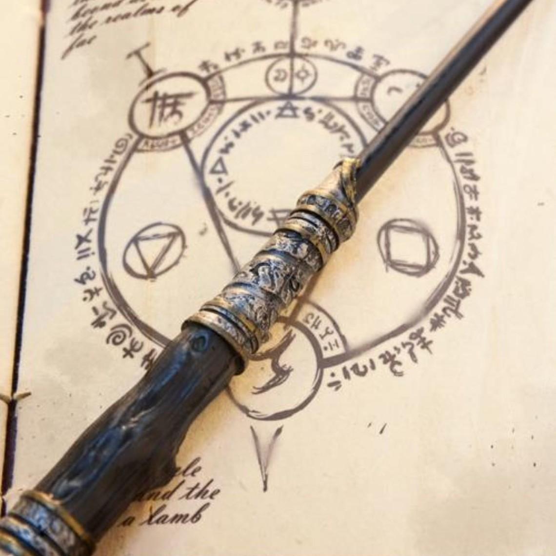 Epic Armoury Wand Eldritch, czarny