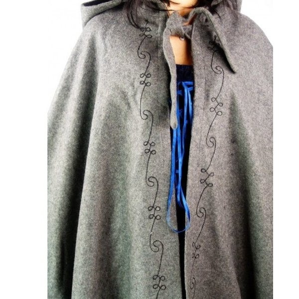 Broderet kappe Damia, blå