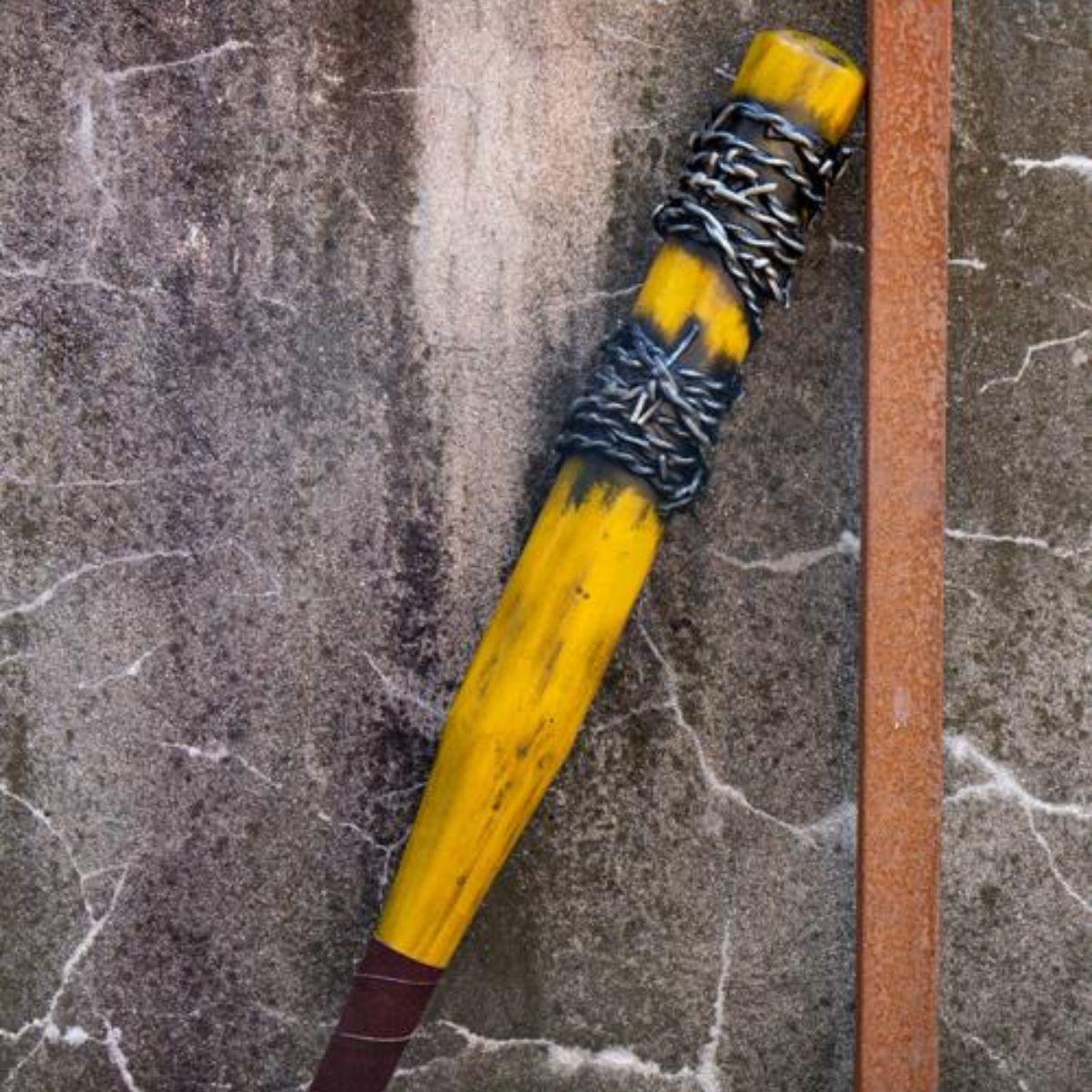 LARP honkbalknuppel prikkeldraad, 80 cm, geel