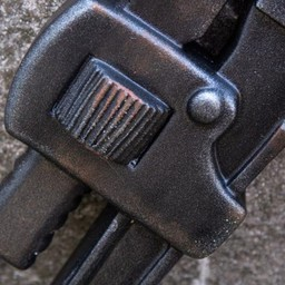 LARP Schraubenschlüssel, rot