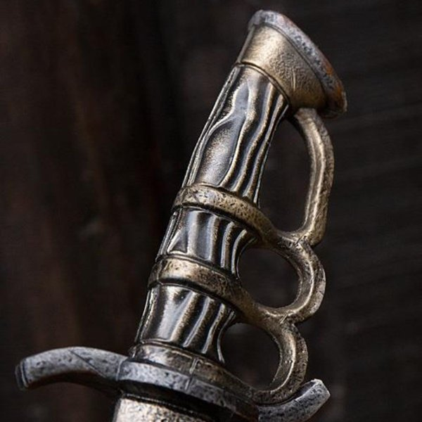 Epic Armoury LARP Battleworn Trench kniv