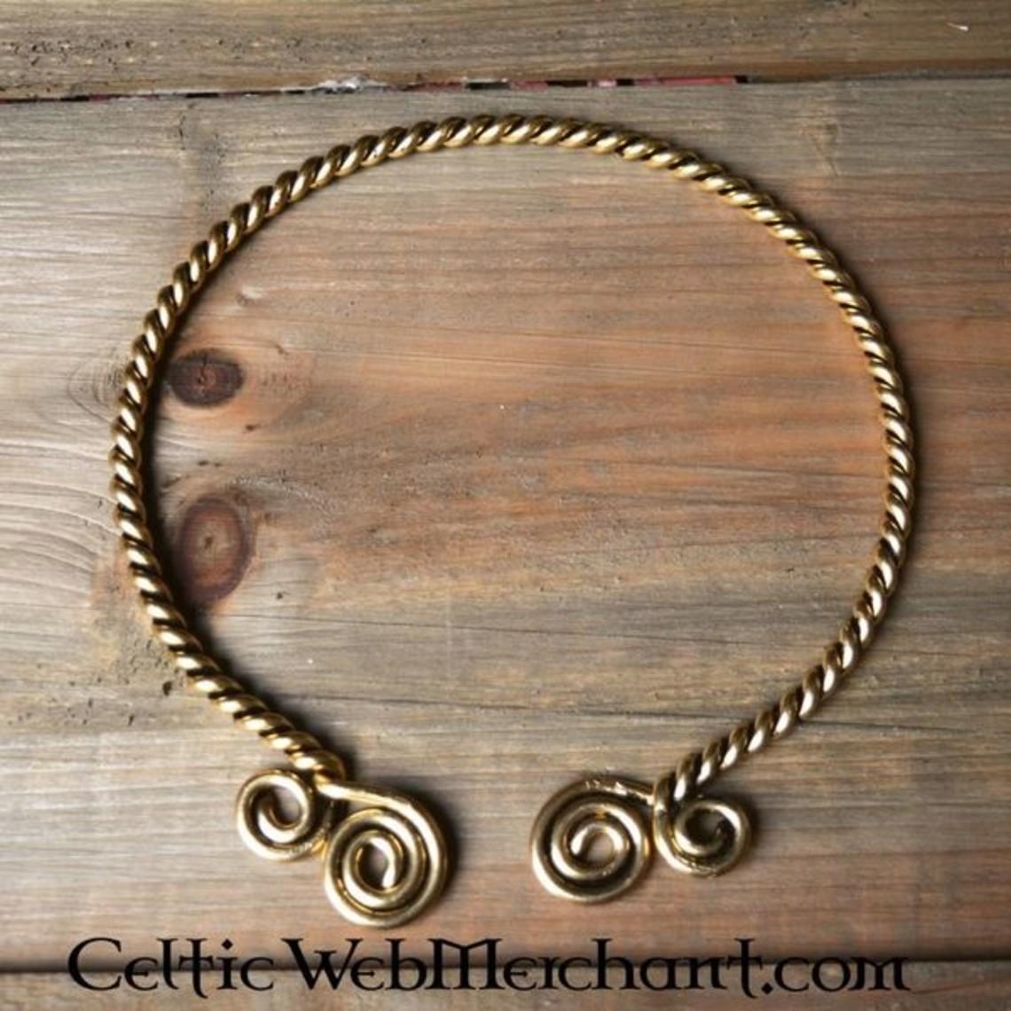 Torc met Keltische spiralen, verzilverd