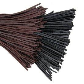Dentelle en cuir marron, 130 cm
