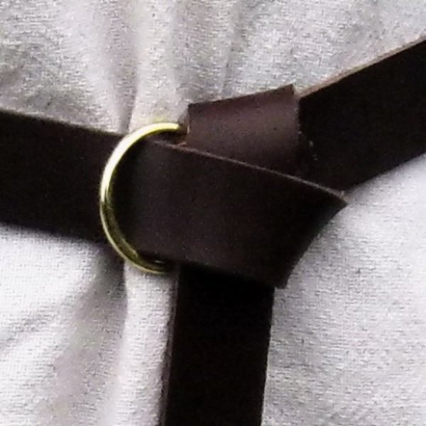 Leather belt with ring buckle, black split leather
