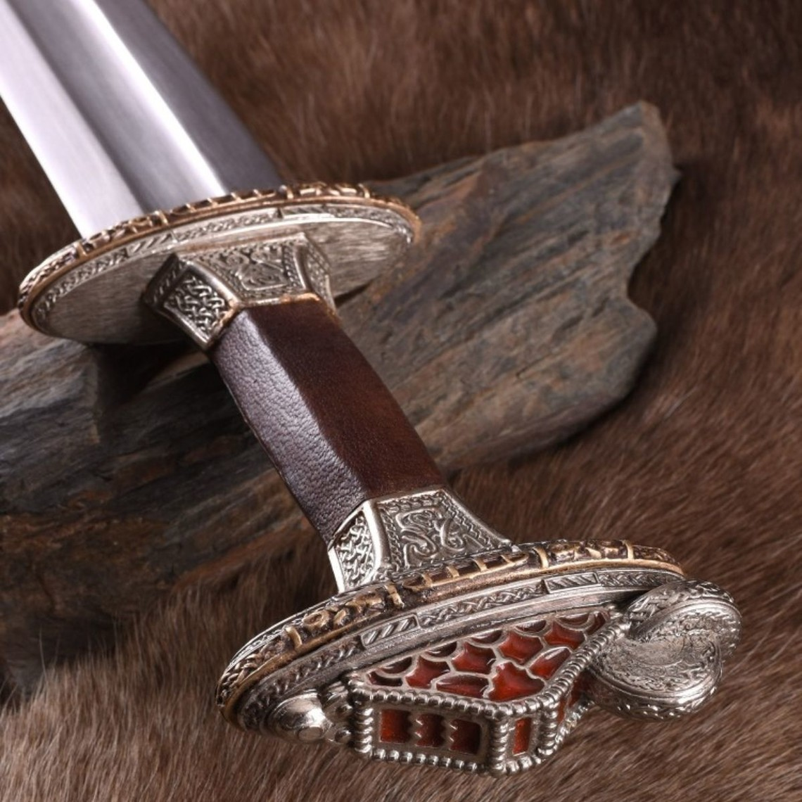 Deepeeka Vendel Schwert Uppsala 7. bis 8. Jahrhundert, verzinnte Griff