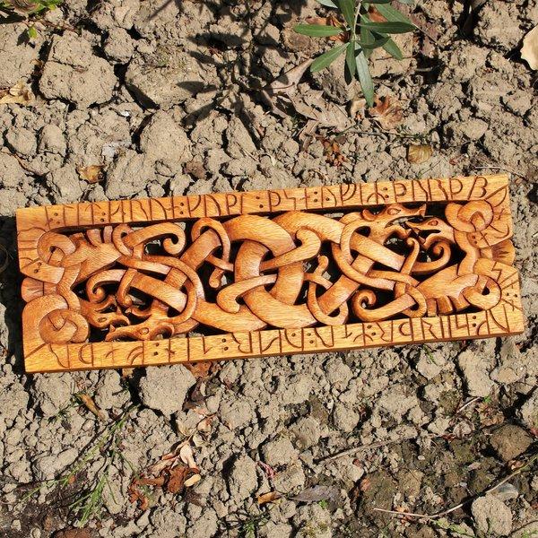 Urnes-stil træskærearbejde
