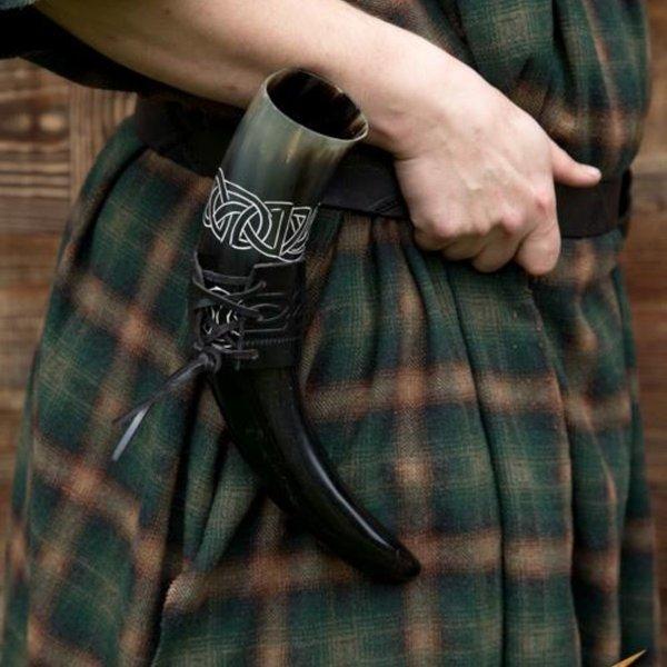 Epic Armoury Drinkhoorn Tara met Keltische knopen, licht