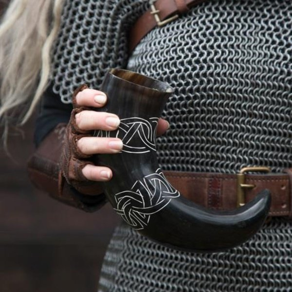 Epic Armoury Drinking horn Tara with Celtic knots, dark