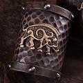 Deepeeka guerriero braccialetti di cuoio cinghiale celtica Knocknagael, coppia