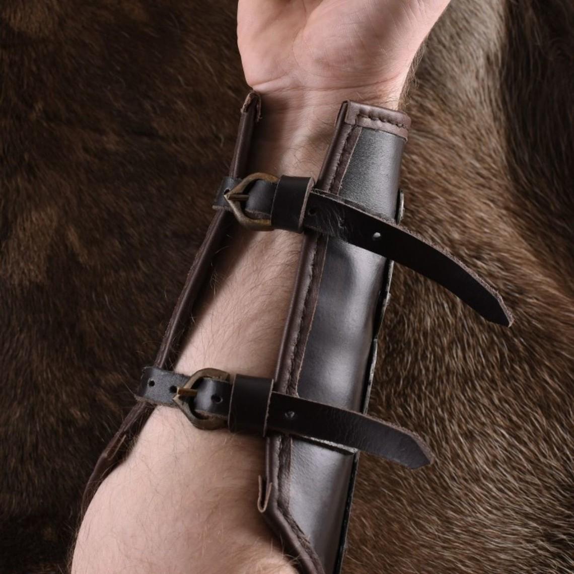 Ulfberth vambrace en cuir avec des bandes de métal Aerdwulf