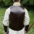 Deepeeka Cuir torse armure avec des lacets, marron