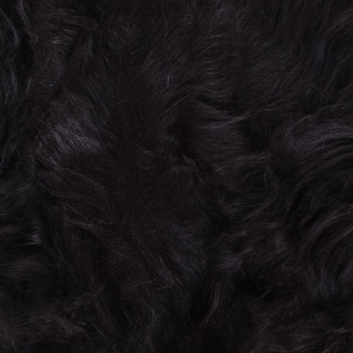 Skandynawski czarny kożuch