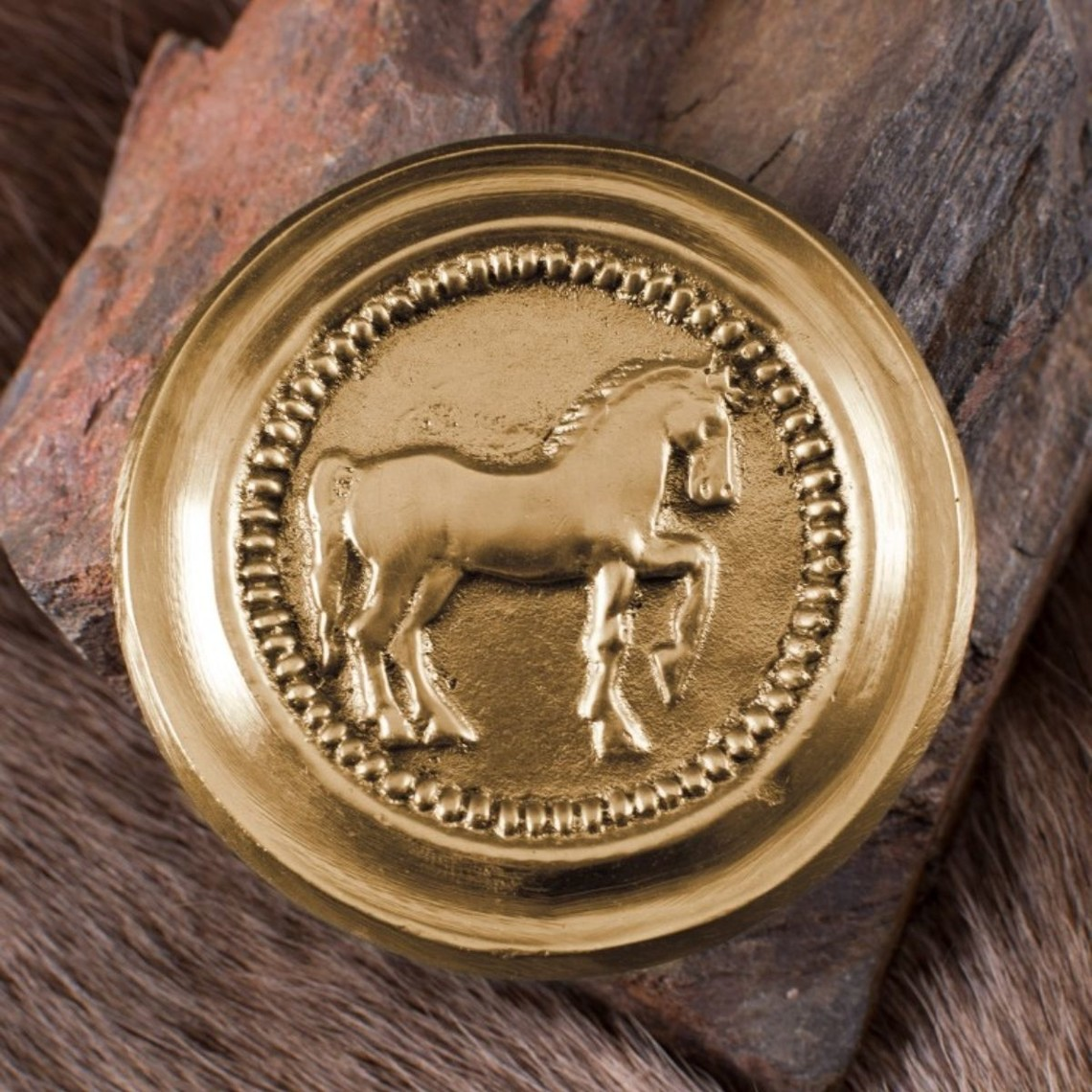 Deepeeka Phalera romana de color caballo de oro