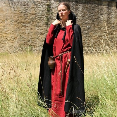 Capas y abrigos medievales