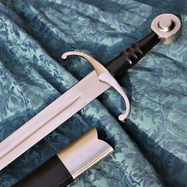 Windlass Steelcrafts Middelalderlig sværdkamp klar med læderknold