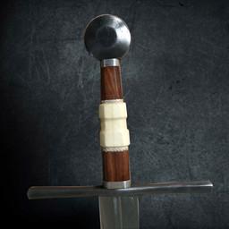Średniowieczny miecz dwuręczny z pochwą