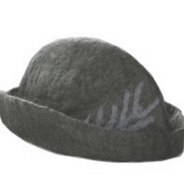 Hat with feather, grey