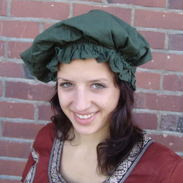 17th century cap, green