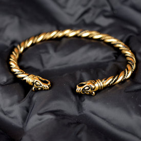 Vikingarmband met wolvenkoppen