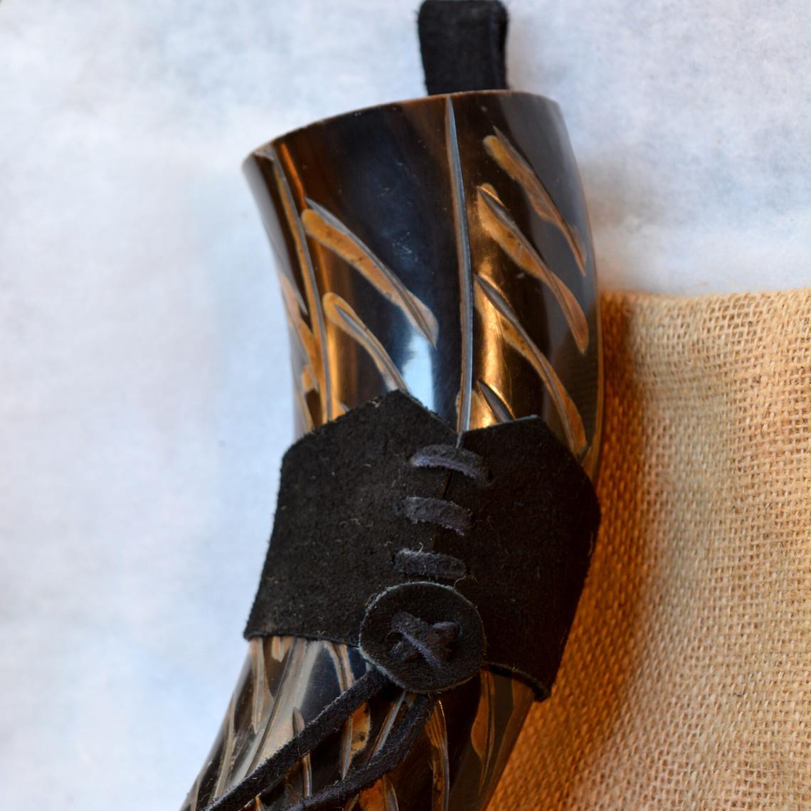 Windlass Steelcrafts Bocina Gorm con soporte de cuero