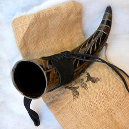 Drickshorn Gorm med läderhållare