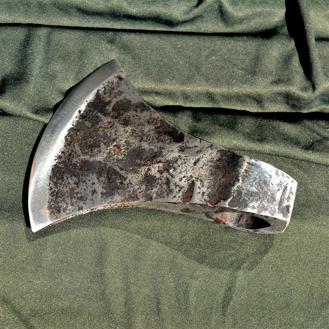 Ulfberth Cabeza de hacha vikinga danesa