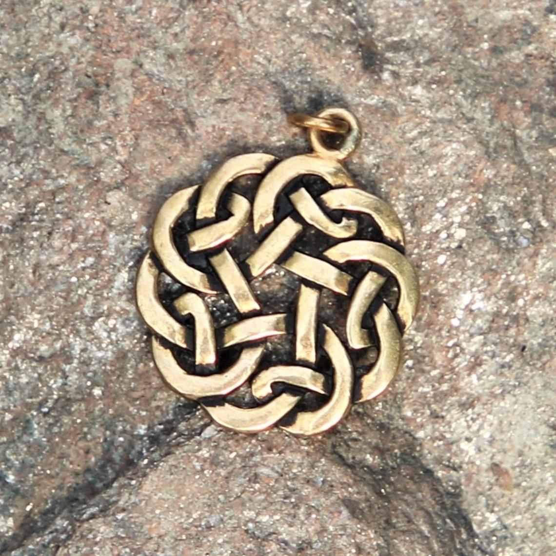 Amulet runda Celtic knut, brons