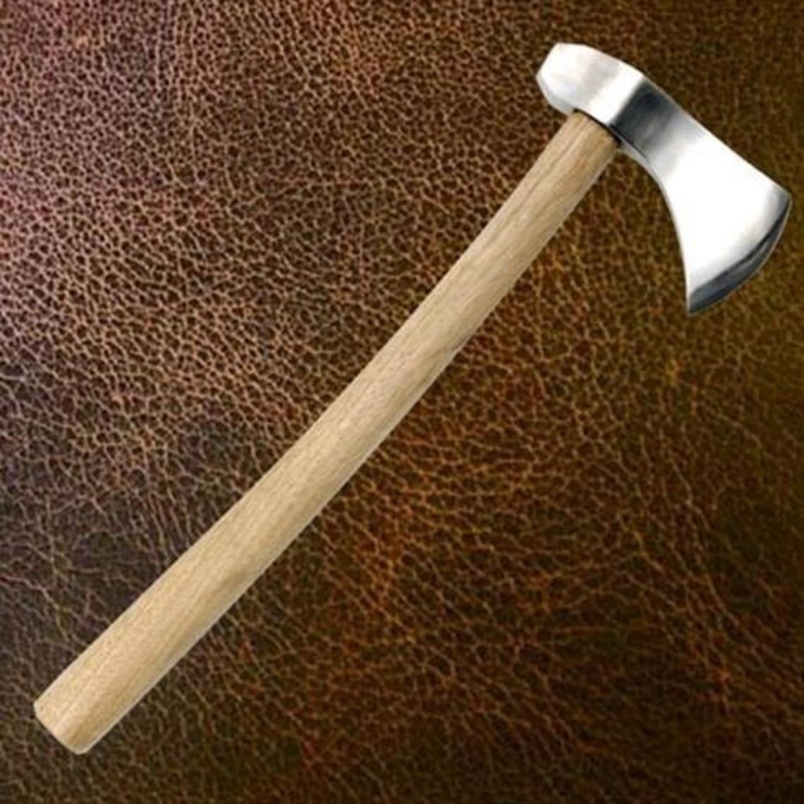 Windlass Steelcrafts jinete hacha medieval