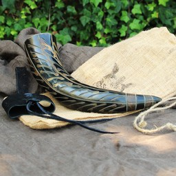 Drinking horn Gorm with leather holder