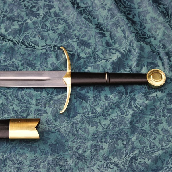 Windlass Two-handed knight sword battle-ready with leather scabbard