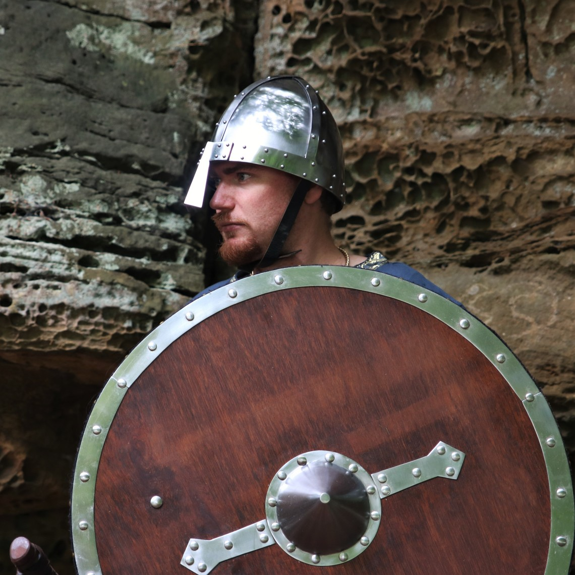 Windlass Steelcrafts Wooden Viking shield Hvitserk
