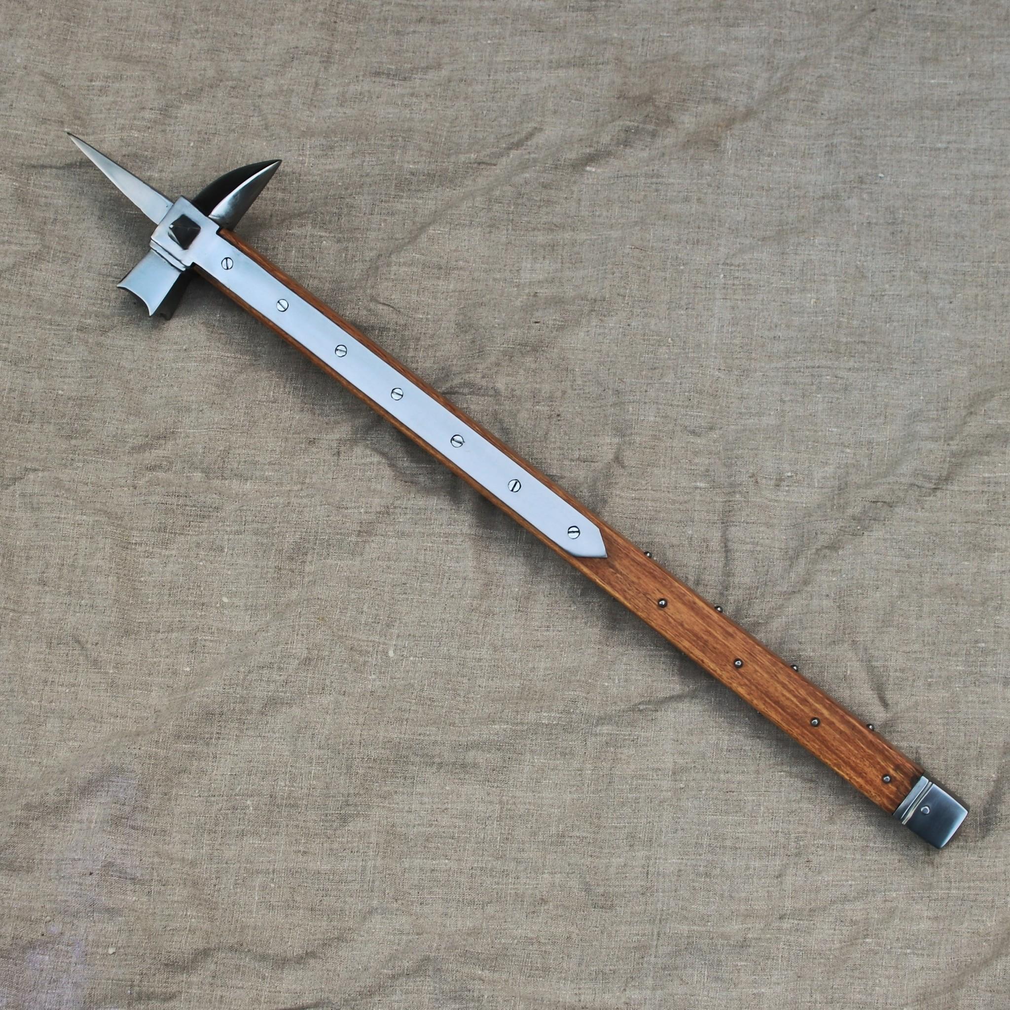 windlass-steelcrafts-medieval-war-hammer-1400.jpg
