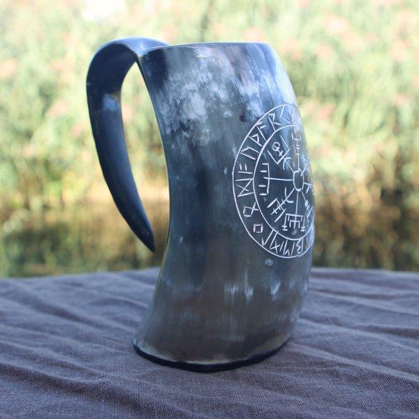Epic Armoury Viking hoorn beker Vegvisir donker 0,5L