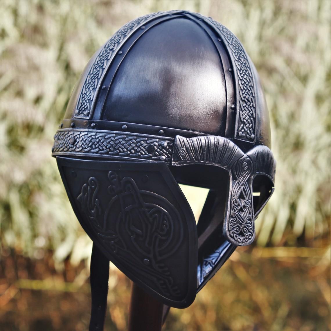 Windlass Steelcrafts Viking helmet with dragons