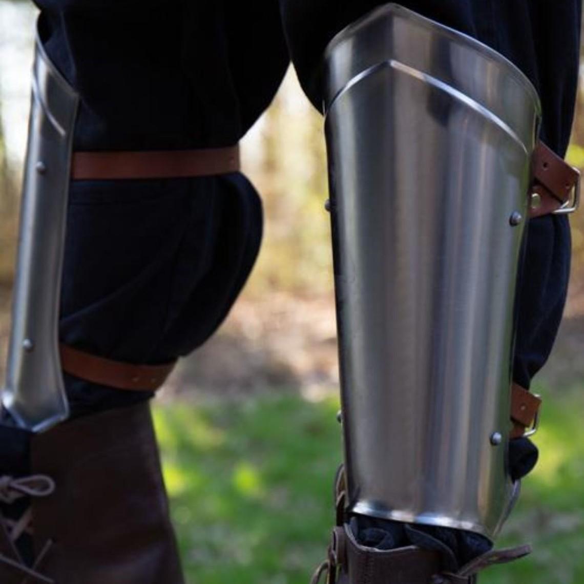 Epic Armoury Grebas medievales Scout pulido
