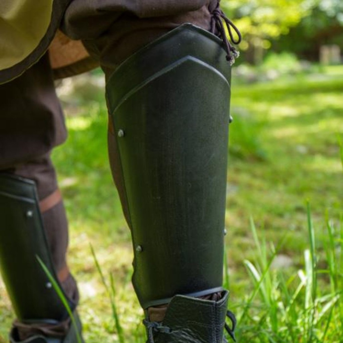 Epic Armoury Grebas medievales Scout negro