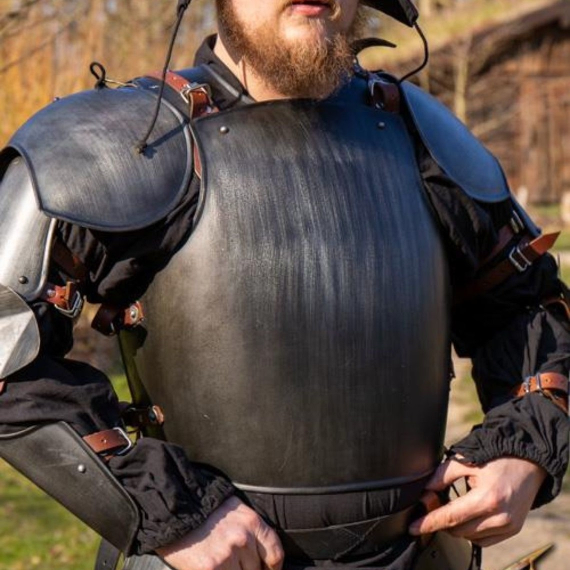 Epic Armoury Middeleeuwse Italiaanse kuras & rugplaat, gezwart