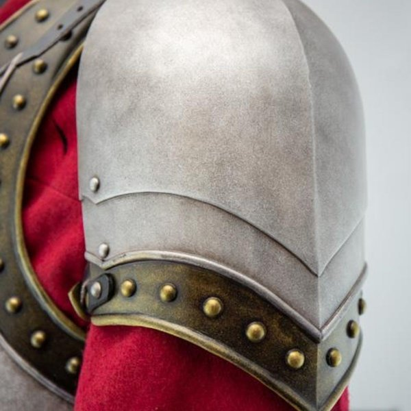 Epic Armoury GRV spallacci cavaliere medievale