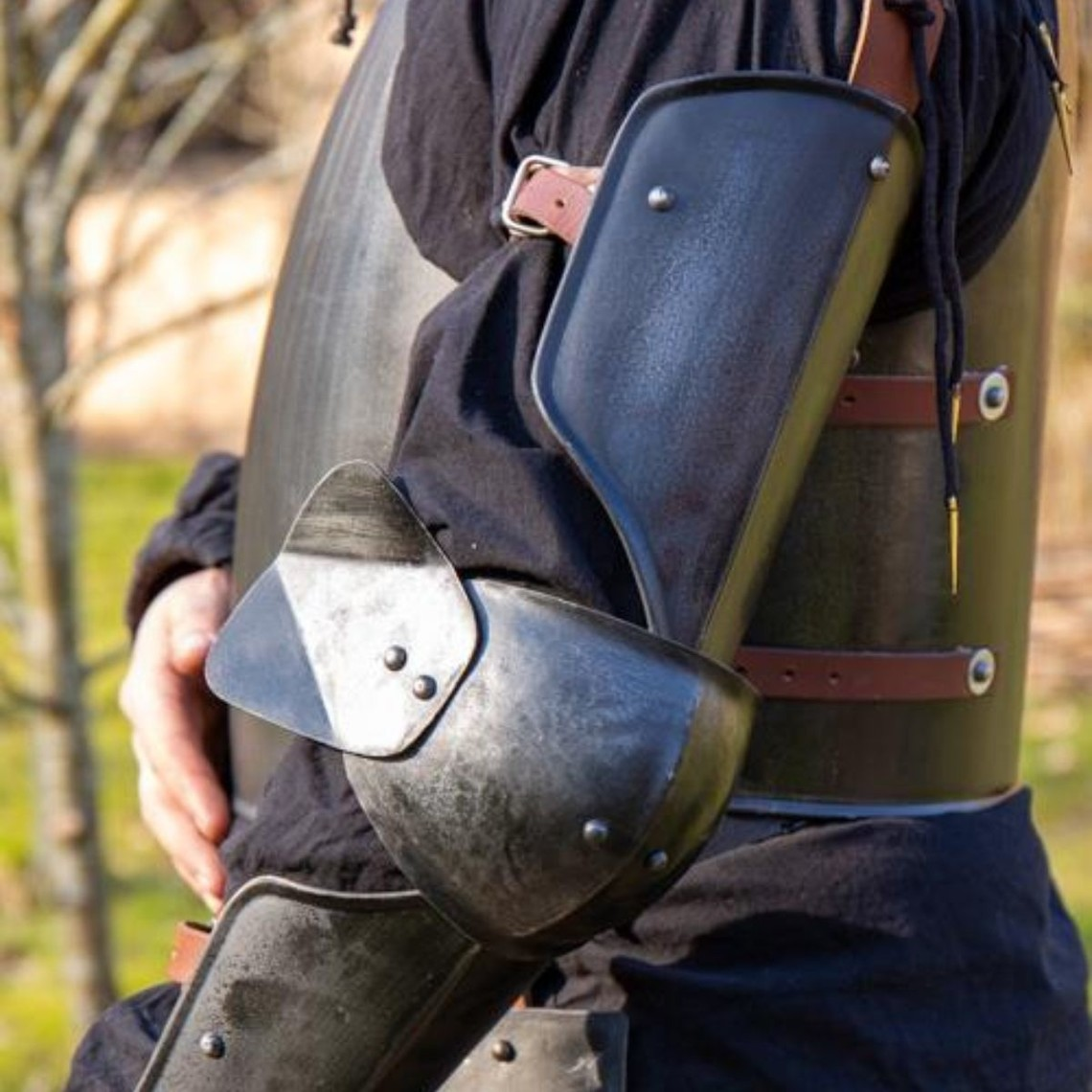 Epic Armoury protezione completa del braccio 15 ° secolo, bronzato