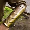 Epic Armoury brazales Illumine
