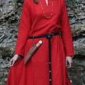 Leonardo Carbone Vestido vikingo, rojo