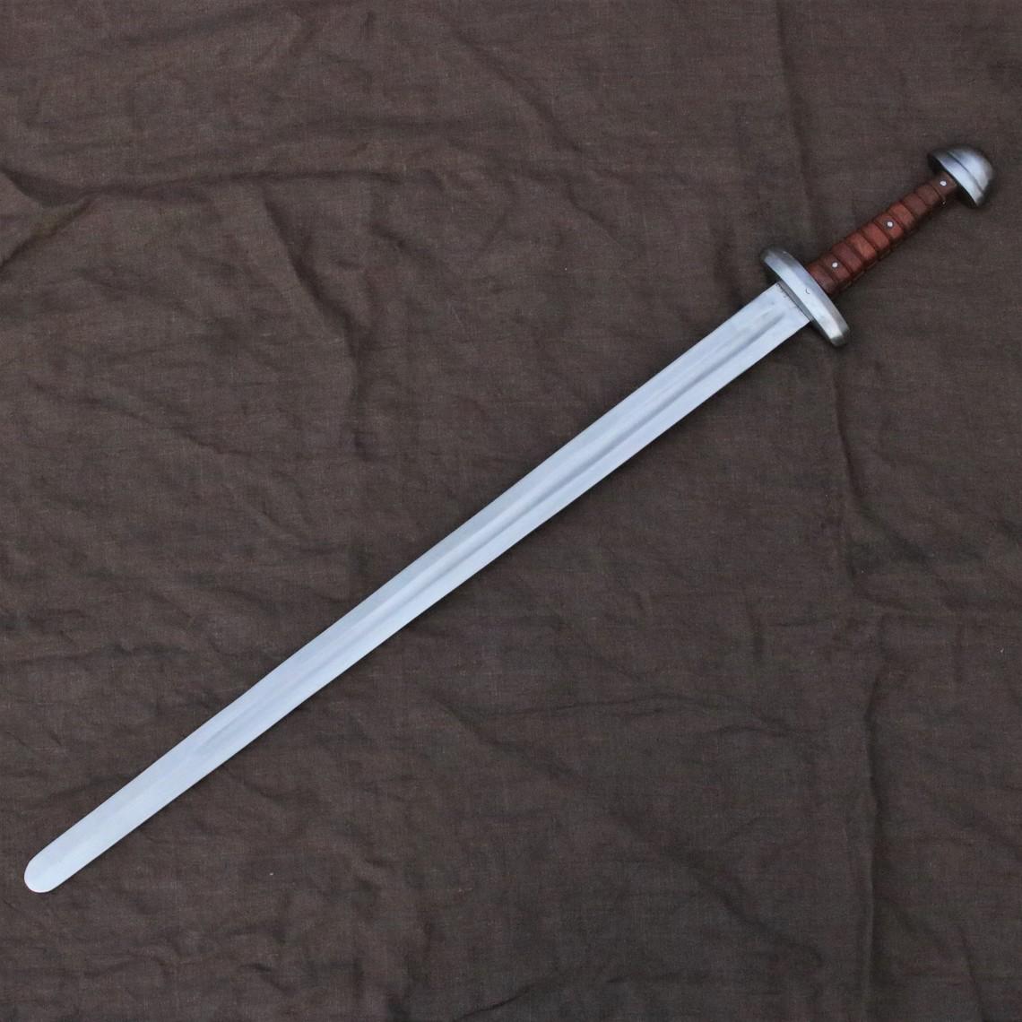 Mytholon Épée Viking Tjure prête au combat