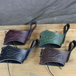 Drinking horn belt holder Castagir green