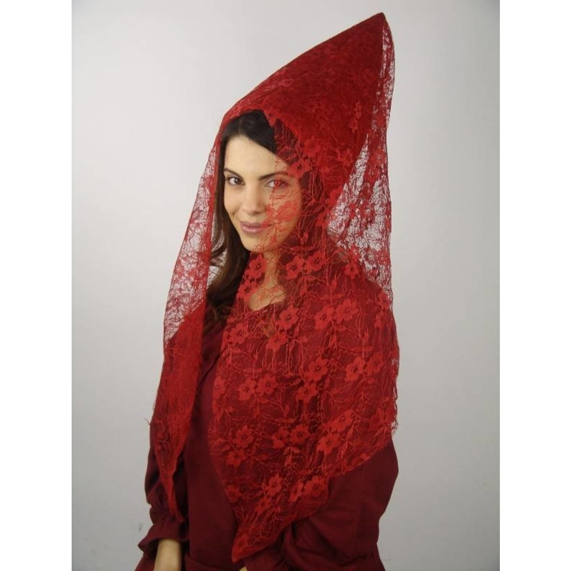 Leonardo Carbone Hennin rood