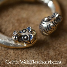 Ring vadben med djurhuvuden, Haithabu, brons