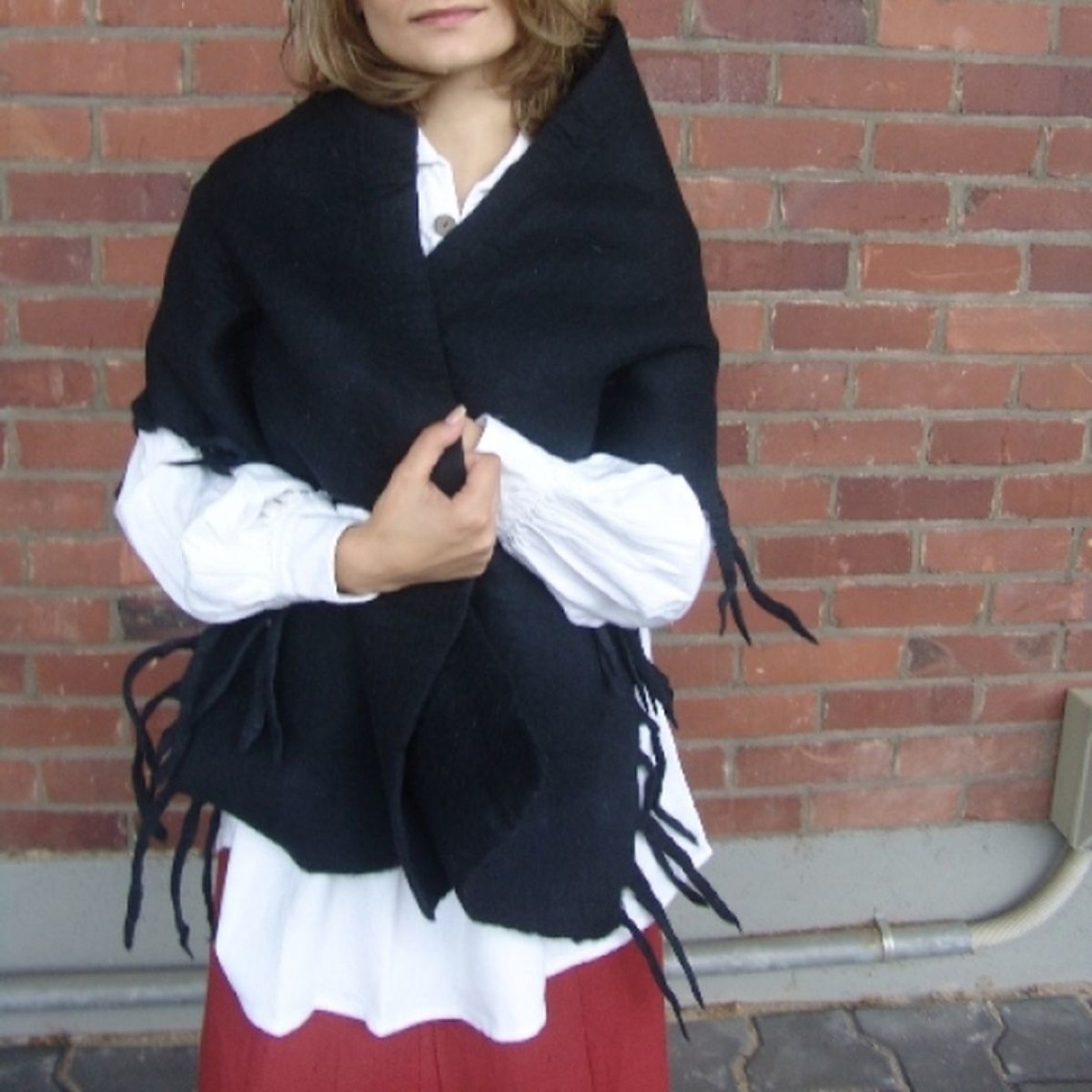 Leonardo Carbone 17de eeuwse wollen omslagdoek zwart