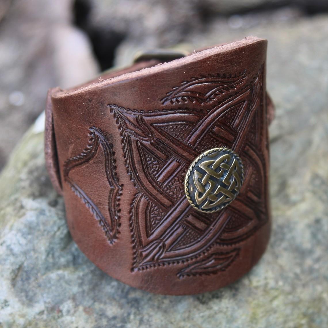 Celtic Lederarmband mit Schnallen, braun