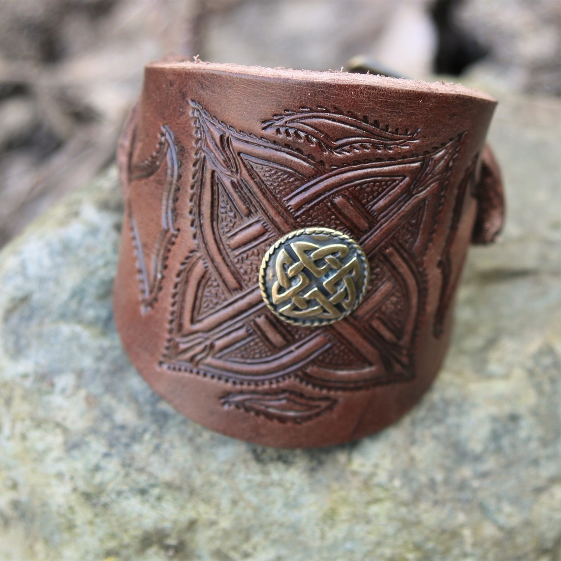Celtic leather bracelet with buckles, brown