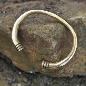 Merovingian armbånd, bronze