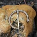 Vichingo a ferro di cavallo del perone Finlandia, bronzo